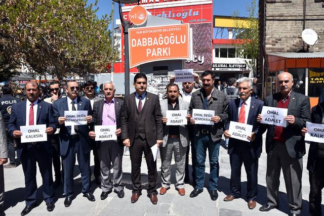 Van ve Hakkari'de 'OHAL değil, demokrasi istiyoruz' eylemi