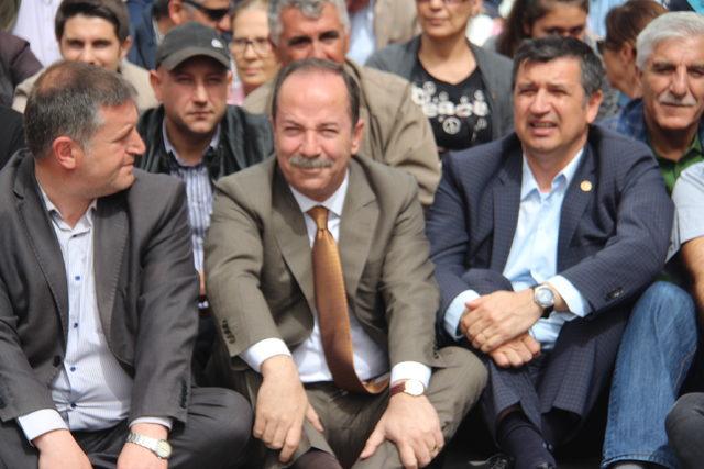 Trakya'da CHP'lilerden oturma eylemi