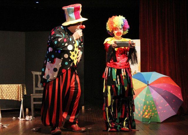2. Akçaabat çocuk tiyatroları şenliği düzenlendi