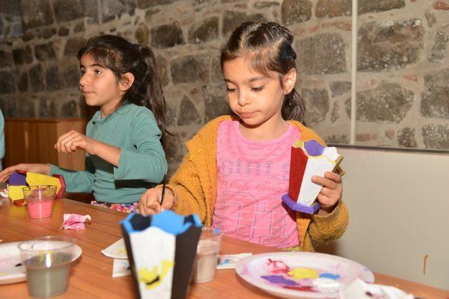 Diyarbakır'da Oyuncak Atölyesi başladı