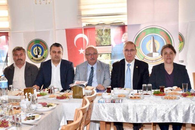 Başkan Kadir Albayrak STK temsilcileriyle buluştu