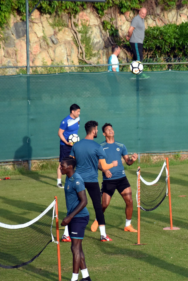Aytemiz Alanyaspor'da Galatasaray mesaisi