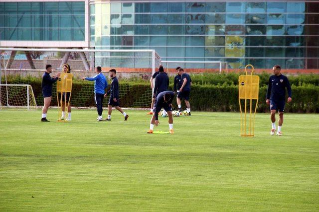 Kayserispor'da Medipol Başakşehir maçı hazırlıkları başladı