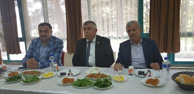 Develi'de STK ve Muhtarlarla toplantı yapıldı