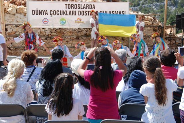 Dünya Çocukları Akseki'de buluşacak