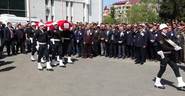 Trabzon Emniyet Müdür Yardımcısı, kazada yaşamını yitirdi (2)