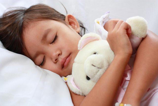 Çocuklarda uyku apnesine dikkat