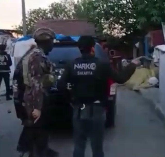 Uyuşturucu satıcılarına şafak baskını: 18 gözaltı
