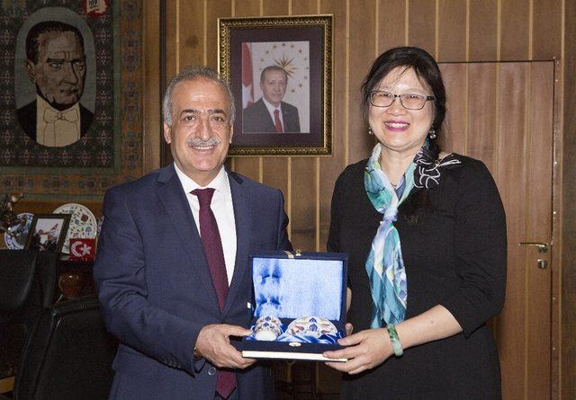 Prof. Dr. Mei-Hung CHIU Atatürk Üniversitesi'nde