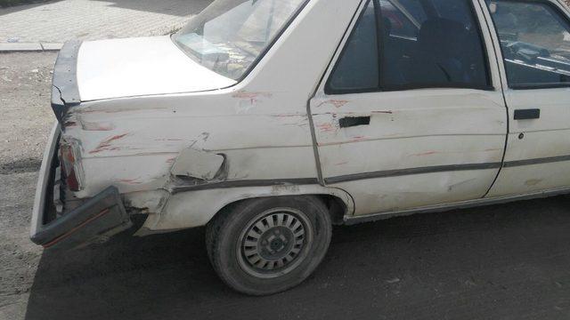 2 kişinin yaralanmasına neden olduğu iddia edilen ehliyetsiz sürücü yakalandı
