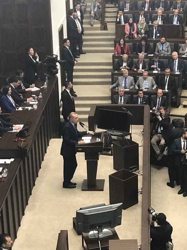 Ispartalı gençler Cumhurbaşkanı Erdoğan'ın grup toplantısına katıldı