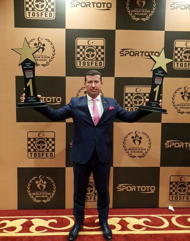 Şampiyon Ümit Ülkü yılın en iyi pist yarışçısı seçildi