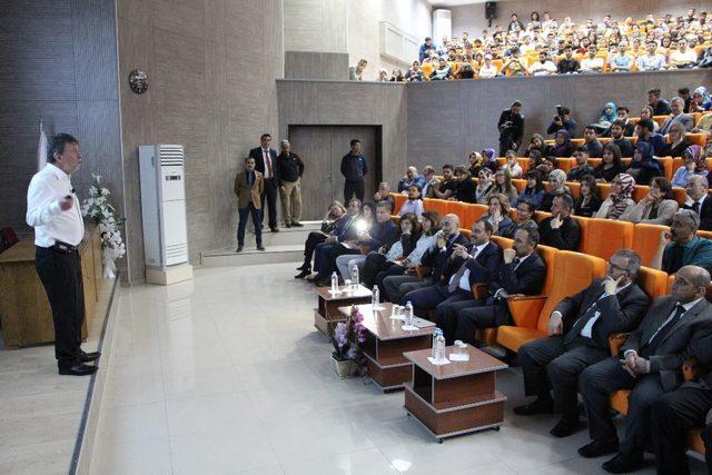 FÜ'de Kariyer Günleri programı