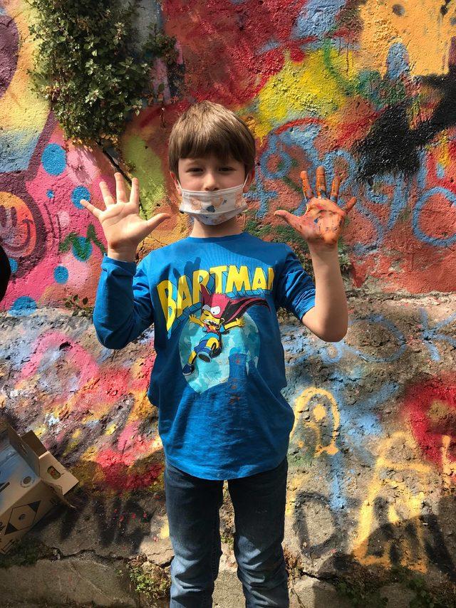 Disleksili çocuklar Beşiktaş duvarlarını graffitilerle süsledi