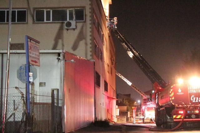 Pendik'te fabrika yangını: 1 yaralı