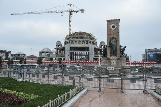 Taksim'de geniş güvenlik önlemleri; meydana kimse alınmıyor
