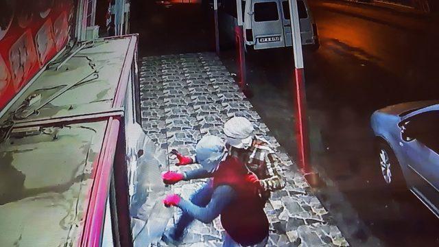 Kasaptan et hırsızlığı güvenlik kamerasında