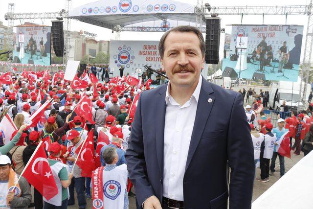 Memur-Sen'den İzmit'te 10 bin kişiyle 1 Mayıs kutlaması