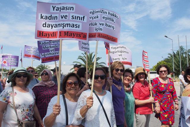 Ayvalık'ta 1 Mayıs'ta 'Meyhane Emekçileri' yürüdü