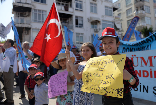 Mersin'de 1 Mayıs kutlandı