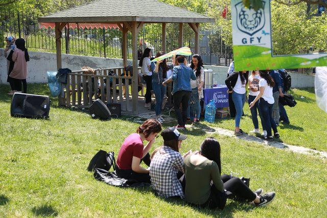 Gelişim Finans ve Yatırım Topluluğu bahar karnavalı düzenledi