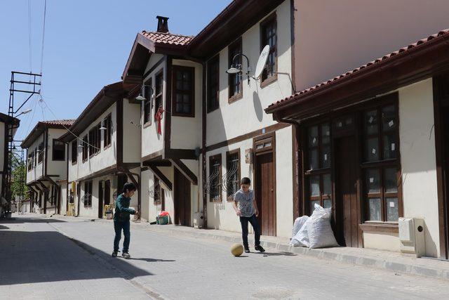 Vezirköprü'de restore edilen tarihi evler ilgi görüyor