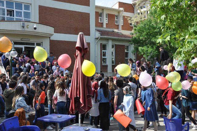 Anadolu Üniversitesi öğrencilerinin bölünme protestosu