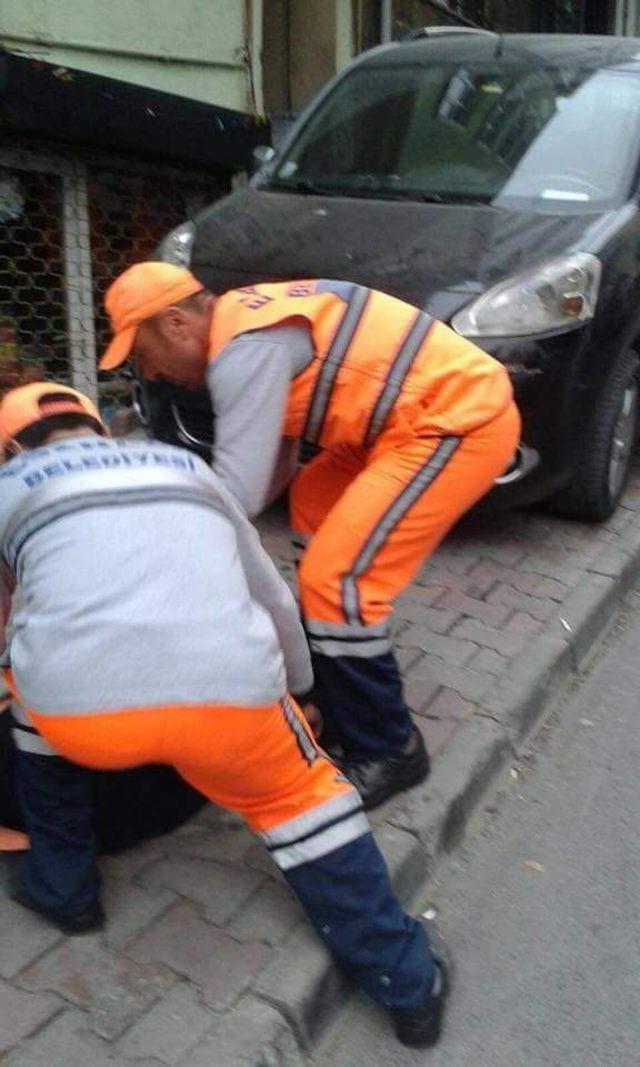 Çanta içinde sokağa bırakılan bebeği temizlik görevlileri buldu