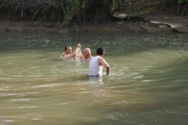 Sinop'ta ırmağa giren 2 kardeş boğuldu