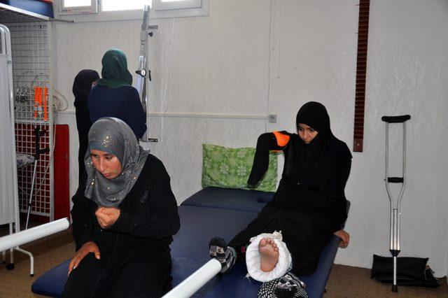 İç savaşın felç bıraktığı Suriyeli kadınlar, fizik tedaviyle hayata tutunuyor