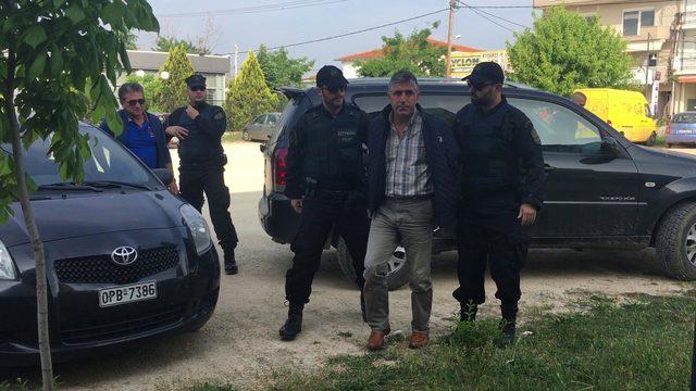 Yunan askerinin gözaltına aldığı kepçe operatörüne 5 ay hapis (2)- Yeniden