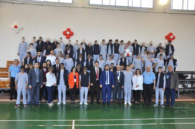 Bursa'da cezaevinde çocuk şenliği