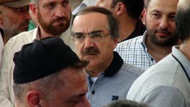 Salih Mirzabeyoğlu son yolculuğuna uğurlandı
