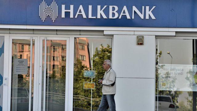 Halkbank konut kredisi faizinde indirime giden kamu bankaları arasında yer alıyor.
