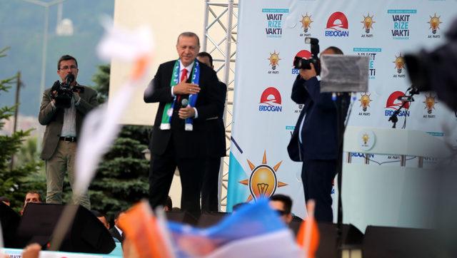 Erdoğan: Bunlar kıraathane deyince kumarhane anlıyor (2)