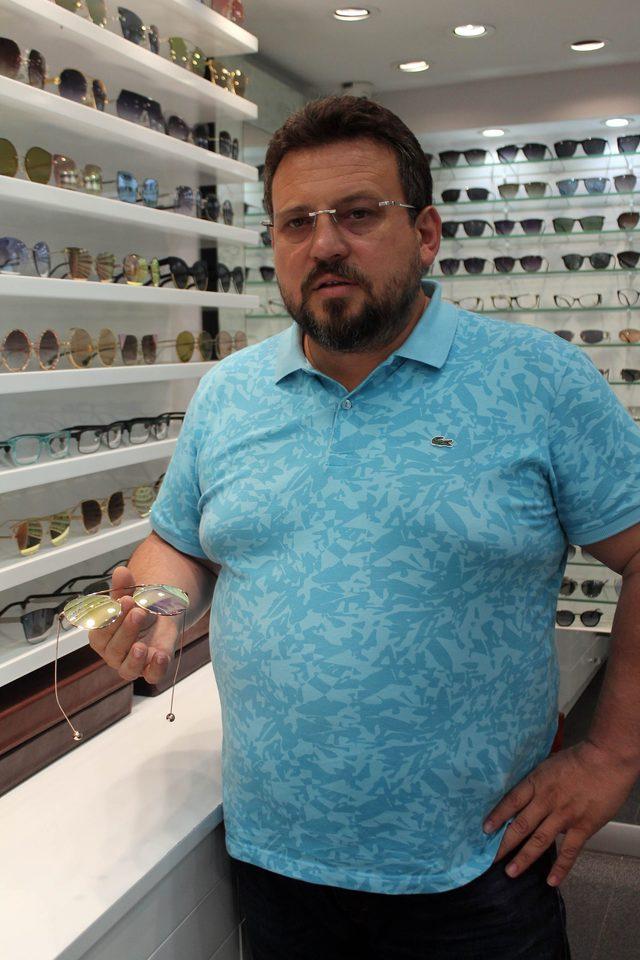 Ucuz güneş gözlüklerinin camı, pet şişe malzemesinden üretiliyor