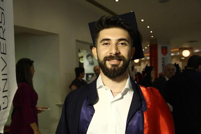Altınbaş Üniversitesi öğrencileri keplerini attı