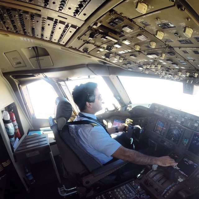 THY kaptan pilotu paraşütte 2 dünya rekoru kırdı