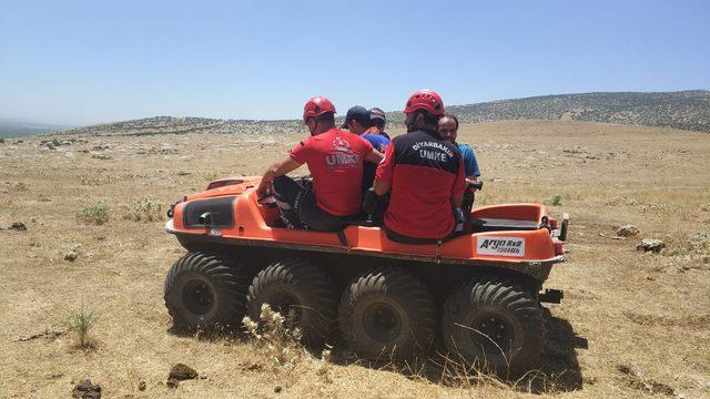 Silvan'da kaybolan Yusuf, drone ve ambifik araçla aranıyor