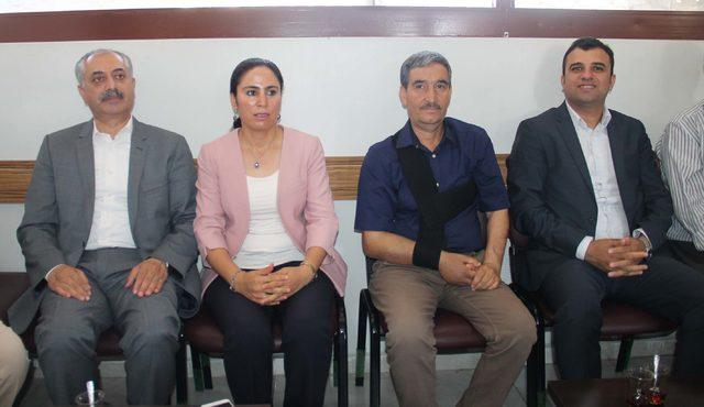 Şanlıurfa'da HDP milletvekilleri mazbata aldı