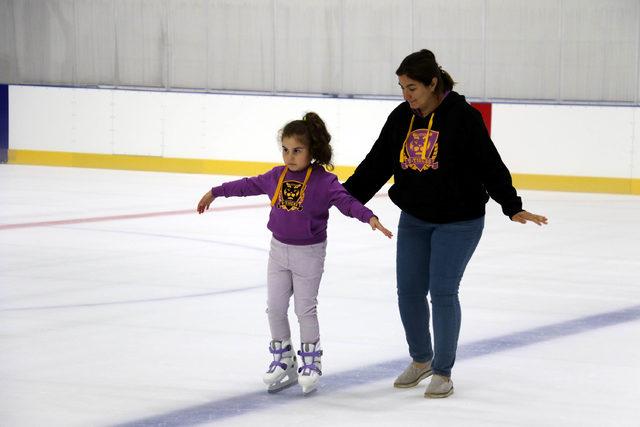 20 milyonluk tesis açılınca buz sporuna talepte patlama oldu