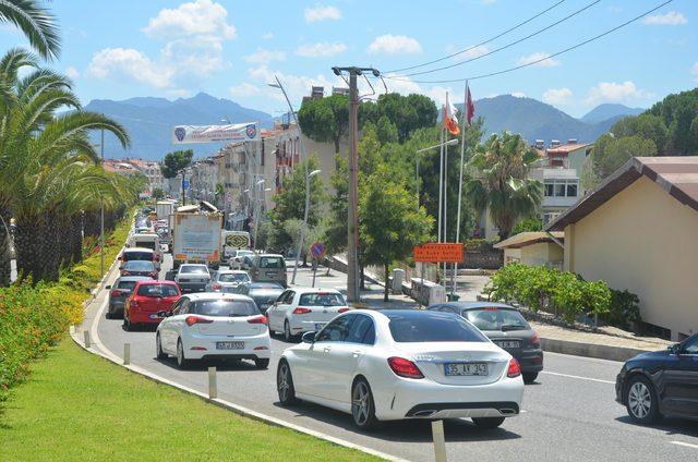 Seçim ve sınavlar bitti, tatilciler Marmaris'e akın ediyor (2)- Yeniden