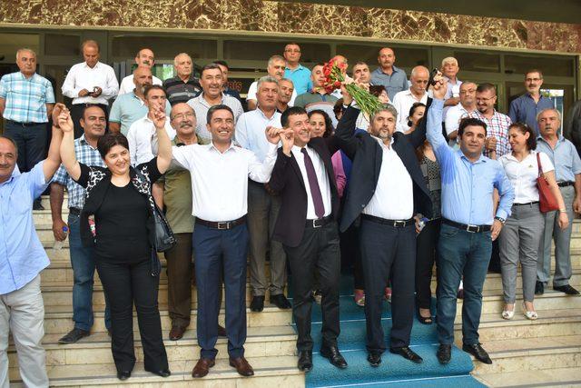 CHP'li Ağbaba: Şehit cenazelerine sen katılma kardeşim