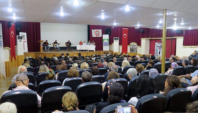Foça'da, Sivas olayları anma programında gerginlik