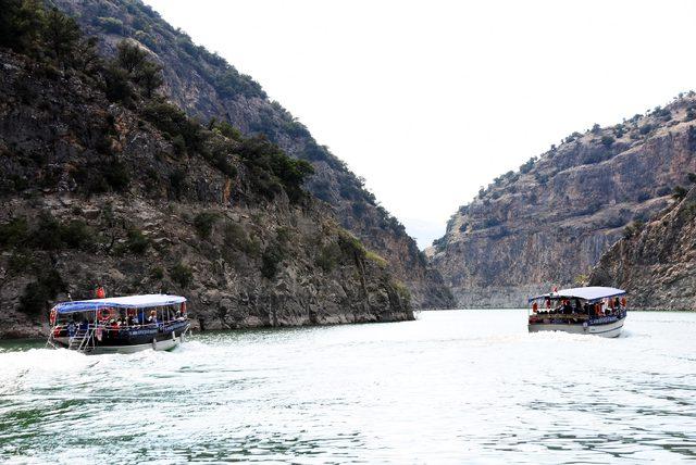 Arapapıştı Kanyonu'na turist akını