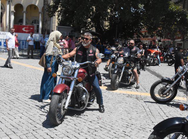 İzmir'de çocuk istismarına ortak tepki
