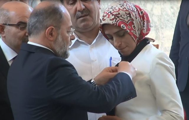 Recep Akdağ: Meclis irade ortaya koyarsa idam gelebilir