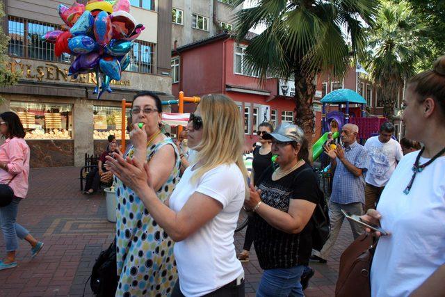 Zonguldak'ta kadınlar, çocuk cinayetlerini protesto etti