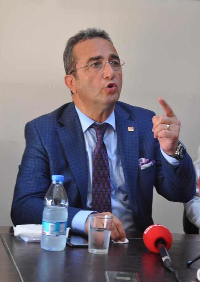 CHP'li Tezcan: Gündemimizde kurultay yok