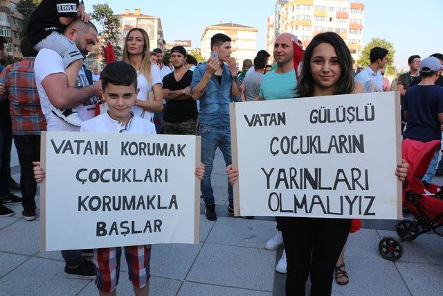 İzmit'te çocuk istismarı protesto edildi